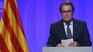 Mas anuncia que Cataluña sigue adelante con la consulta alternativa del 9N pese al recurso del Gobierno