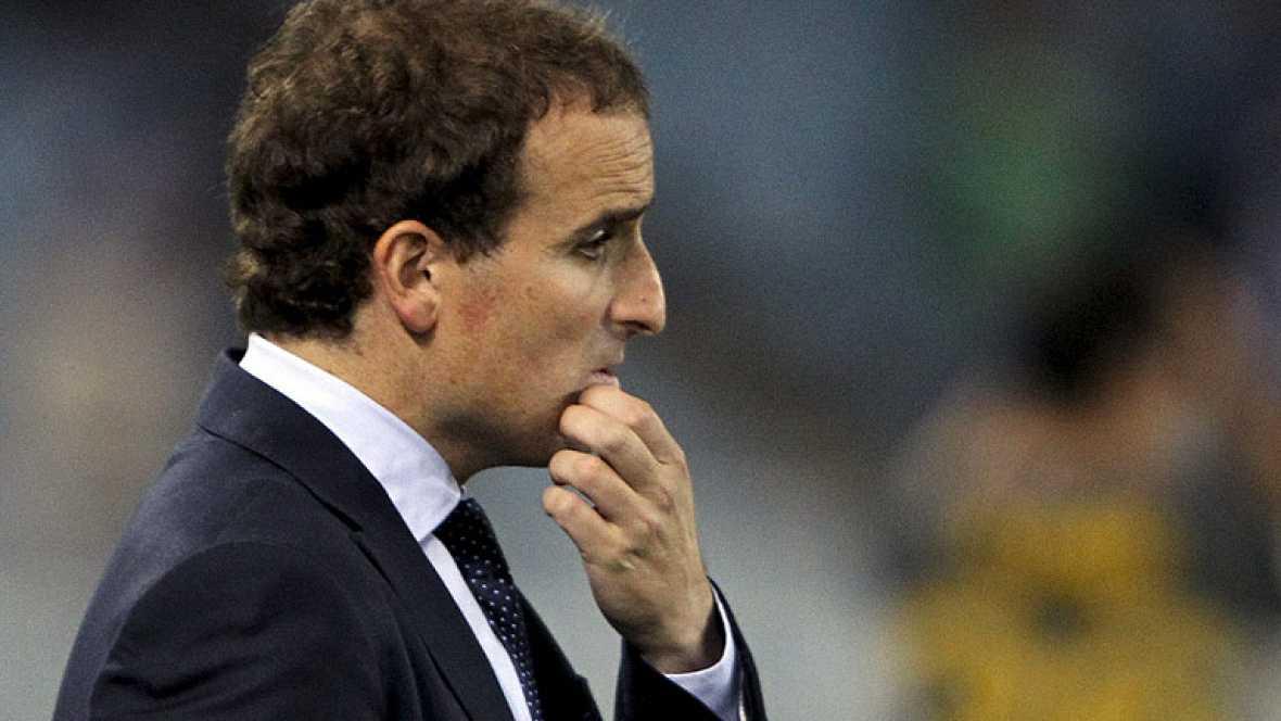 Jagoba Arrasate ha dejado de ser entrenador de la Real Sociedad tras la derrota del equipo en casa ante el Málaga que deja al equipo penúltimo en la clasificación liguera.
