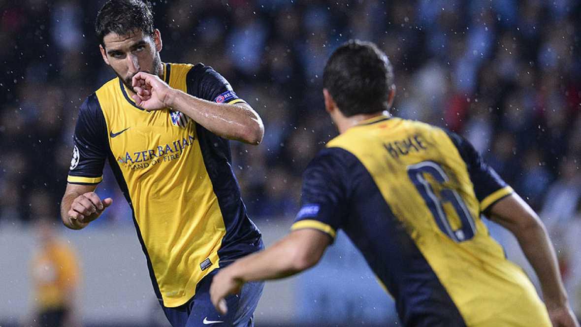 El jugador del Atlético de Madrid Raúl García ha establecido el 0-2 definitivo ante el Malmö, en el minuto 78 de juego, tras aprovechar un balón rechazado por un defensa sueco, tras una llegada de Juanfran.