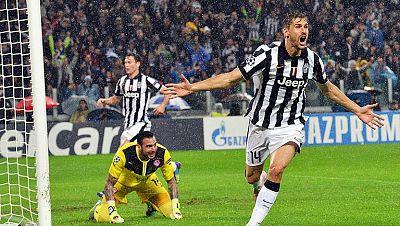 La Juventus remonta al Olympiacos y el Borussia se mete en octavos