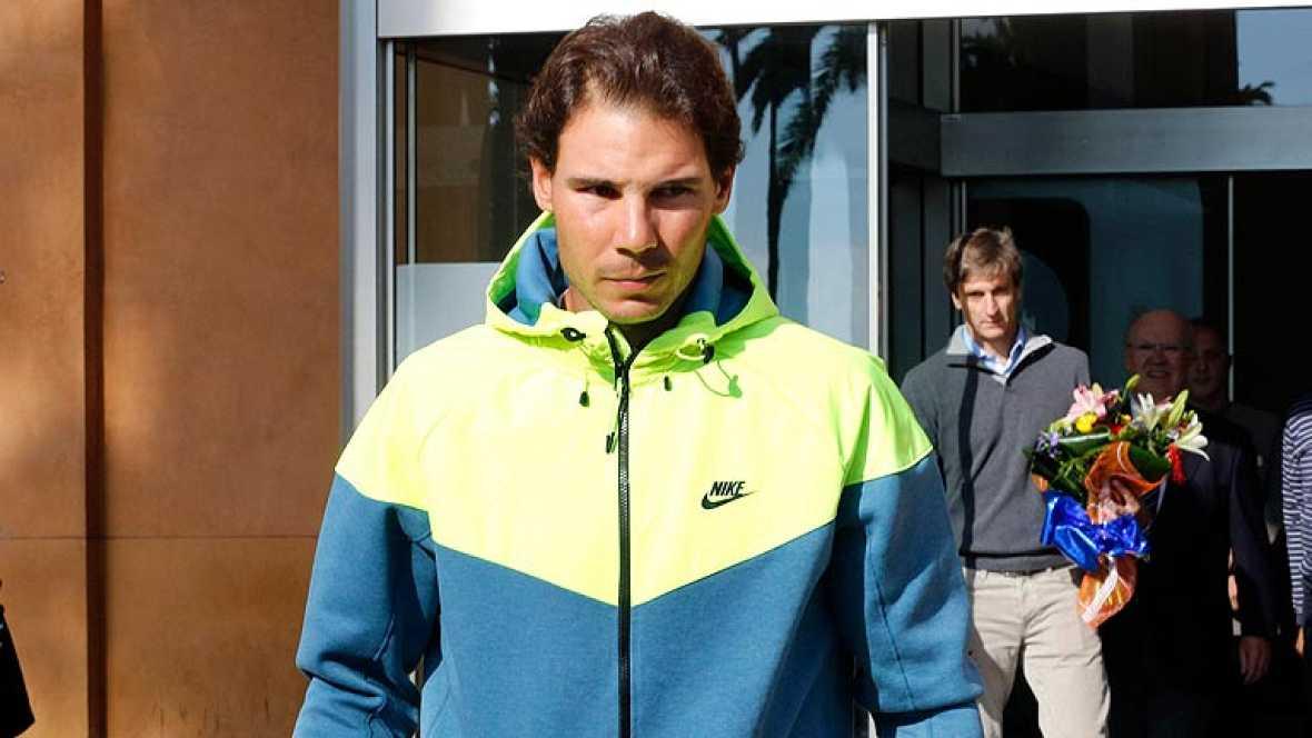 """El tenista español Rafa Nadal ha salido del hospital después de ser operado de apendicitis, """"contento porque todo ha salido bien""""."""