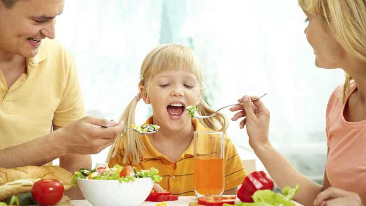 Escuela de familia: La hora de comer