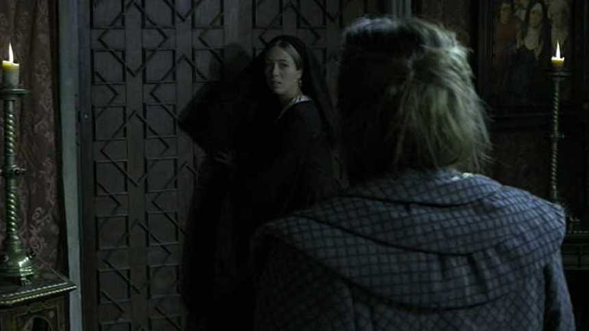 Isabel - Juana amenaza a Beatriz de Bobadilla