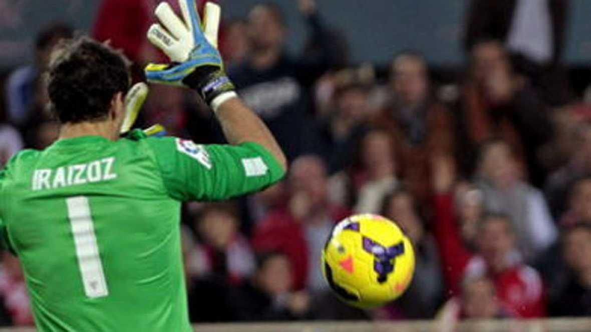 El guardameta del Athletic falló en el segundo gol del Oporto. No pudo controlar un balón de Laporte y Brahimi terminó matando el partido. Iraizoz entra así en la lista de porteros con 'cantadas' importantes.