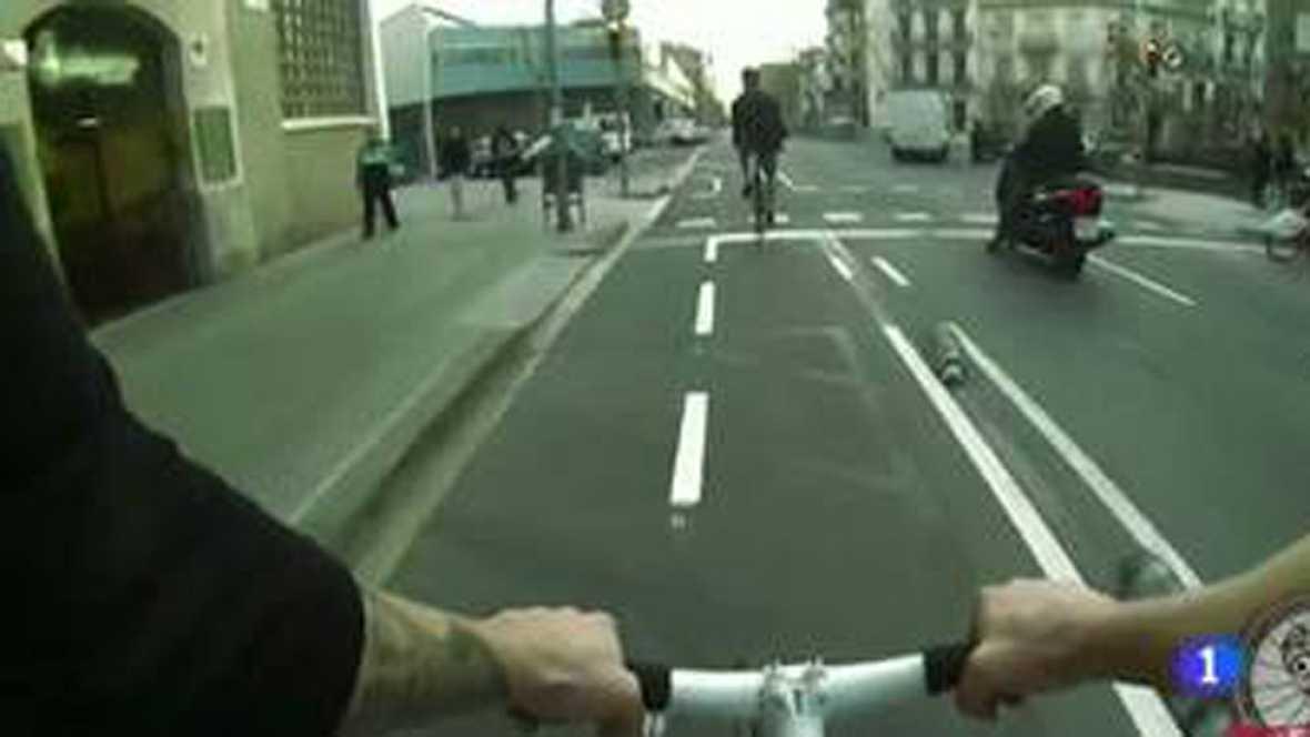 Bicicletas sin frenos y conducción sin normas, la nueva moda