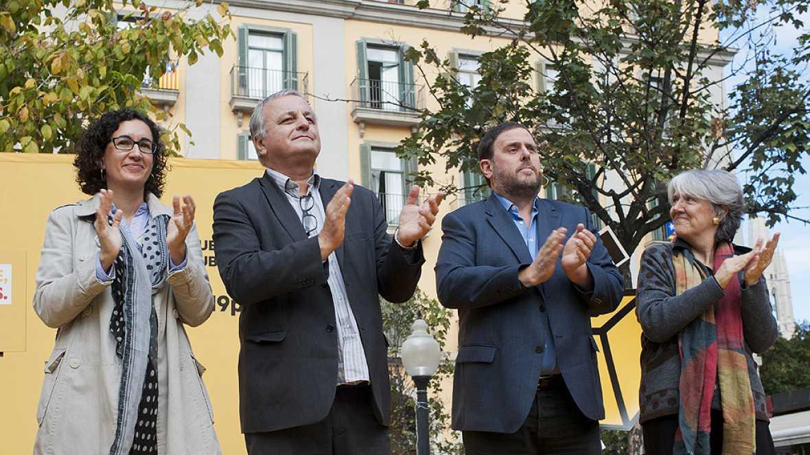 Los partidos favorables a la consulta soberanista siguen con su campaña