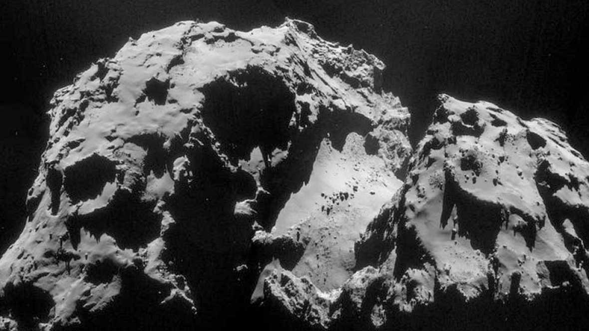Philae aterriza sobre la superficie del cometa 67P