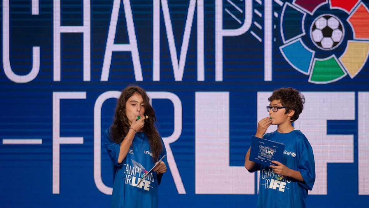 Mario y Ana Luna, MasterChef Junior, presentan el partido solidario 'Champions for life'