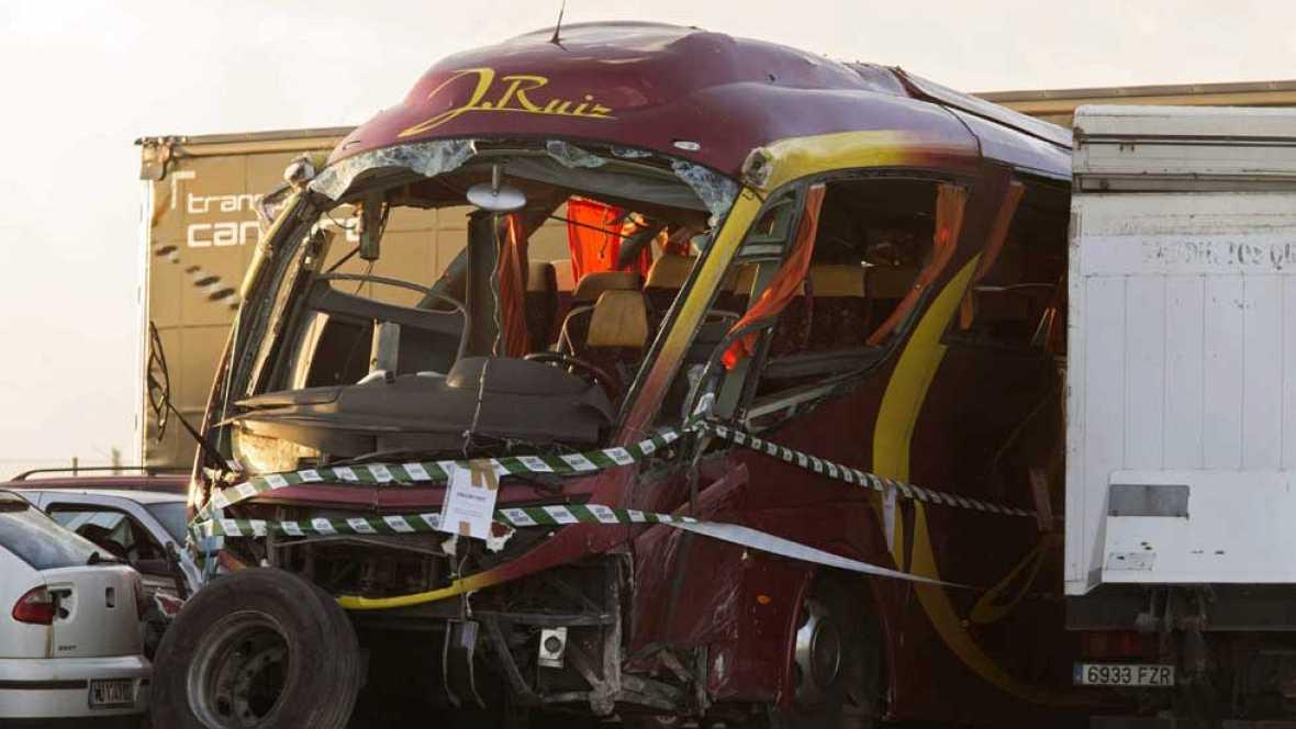 Siguen hospitalizados 21 pasajeros del autobús accidentado en Cieza