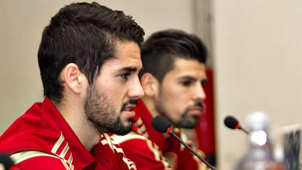 La selección española ya está en Vigo después de vencer en Huelva a Bielorrusia. En la ciudad gallega se las verá con la campeona del mundo en un amistoso.