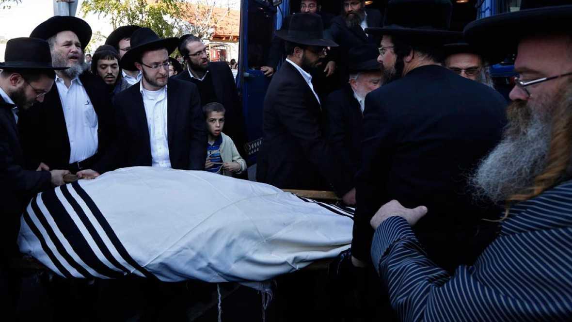 Ascienden a cinco las víctimas israelíes del ataque a la sinagoga en Jerusalén