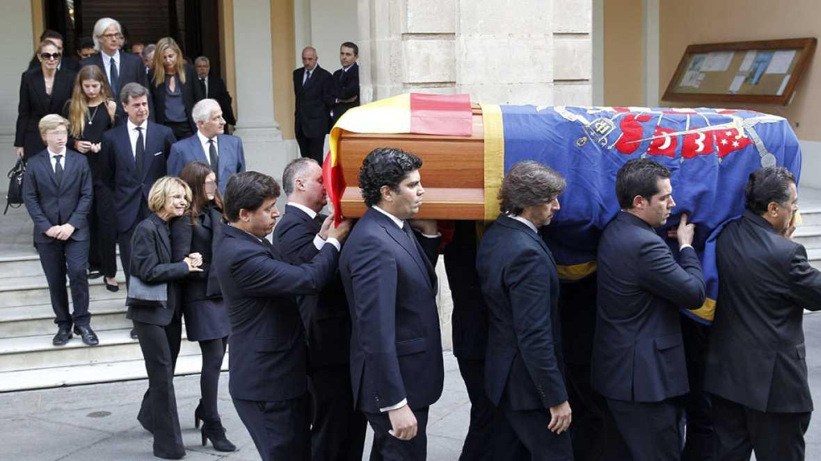 Funeral multitudinario en Sevilla para despedir a la duquesa de Alba