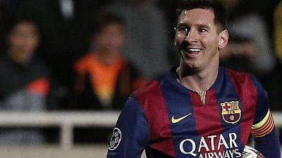 Con un triplete del argentino, el Barcelona ha sumado una nueva victoria en Champions contra el Apoel Nicosia y Messi ha superado el récord de goles en la máxima competición continental de Raúl González, alcanzando los 74 tantos.