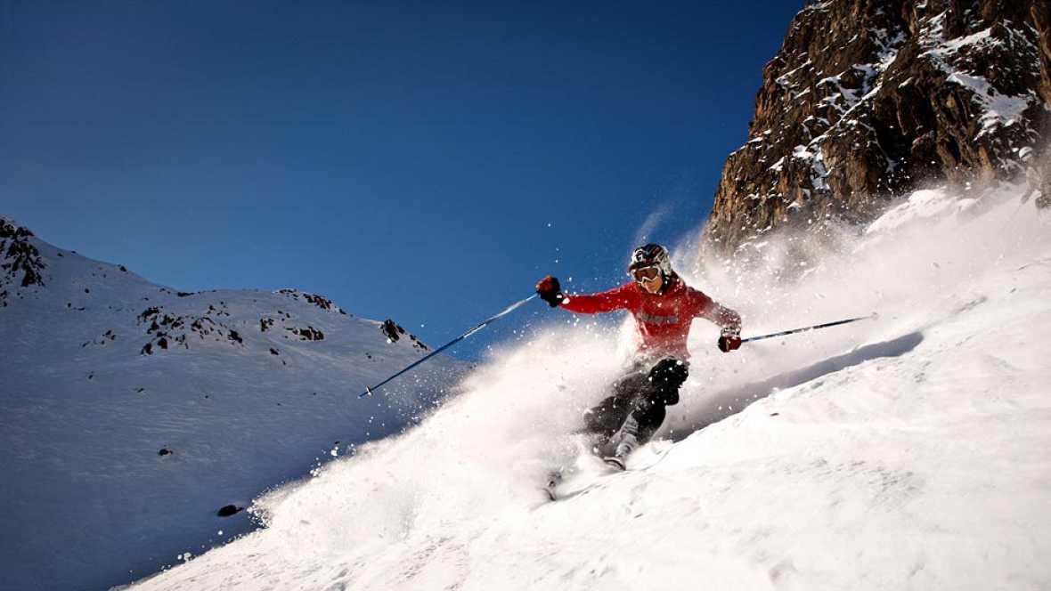 La estación de nieve y montaña de Vallnord, situada en el Principado de Andorra, celebra, coincidiendo con la temporada de invierno 2013/2014, su décimo aniversario, fruto de la unión de las estaciones de Ordino-Arcalís y Pal-Arinsal.