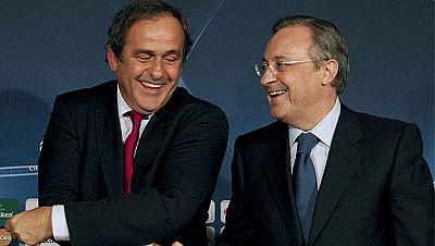 Enfado monumental en el Real Madrid por el apoyo de Michel Platini a un jugador alemán en la carrera por el Balón de Oro. El club cree que una figura como el presidente de la UEFA no debe influir en el voto de un premio individual. Y obviamente, para