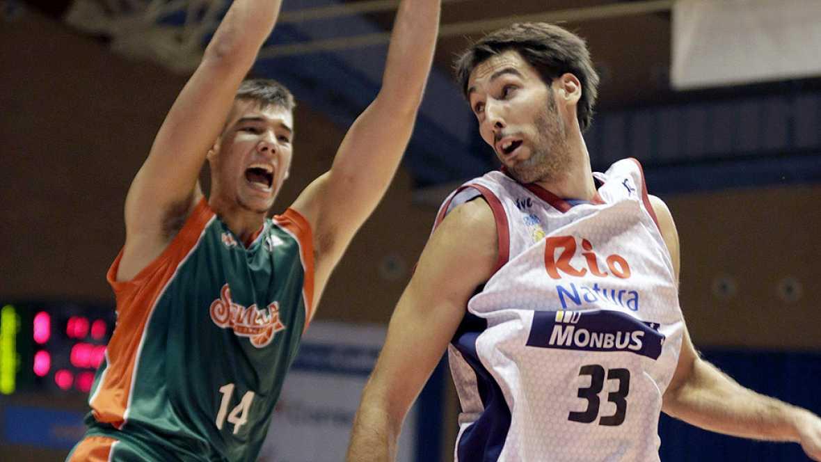 El Río Natura Monbús ha sumado su quinta victoria de la temporada al derrotar en casa al Balonceto Sevilla, espoleados por Alberto Corbacho, que anotó cinco triples.