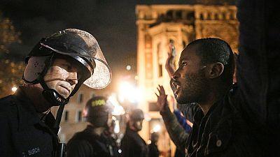 La rabia vuelve a EE.UU. tras la nueva absolución de un policía por matar a un joven negro