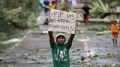 Grandes daños en Filipinas tras el paso del tifón Hagupit