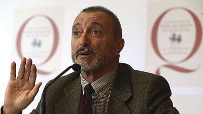 La Real Academia presenta el Quijote adaptado por uno de sus académicos, Arturo Pérez-Reverte
