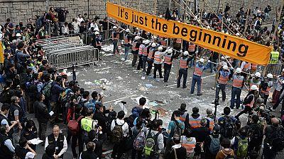 Hong Kong inicia el desalojo de los asentamientos de las protestas prodemocráticas