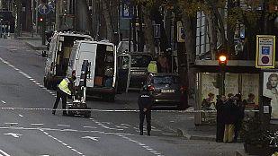 Un detenido por estrellar su coche con una bombona contra la sede del PP en Madrid