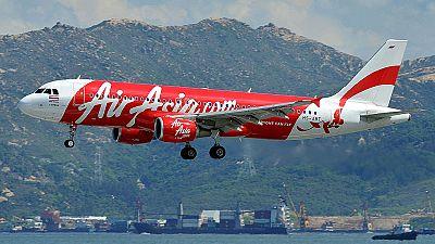 Desaparece un avión de Air Asia con 162 personas a bordo