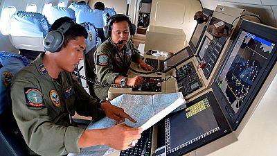 En breve se reanuda la búsqueda del avión de Air Asia desaparecido