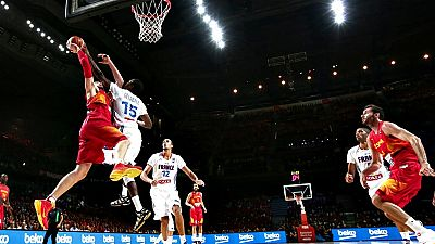 La eliminación contra Francia en los cuartos de final del Mundobasket 2014 celebrado en España le costó el puesto al seleccionador Juan Antonio Orenga. Aún no se la elegido a su sustituto.