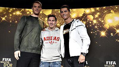 Los debates sobre quién merece el balón de oro son tan variados como los gustos futbolísticos. Unos lo ven de una manera, otros de otra..... La norma es que los entrenadores y los capitanes de todas las selecciones -más un grupo de periodistas- elige