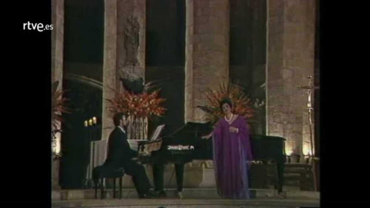 Arxiu TVE Catalunya - Miramar - Victòria dels Àngels canta al 300 aniversari de Santa Maria del Mar