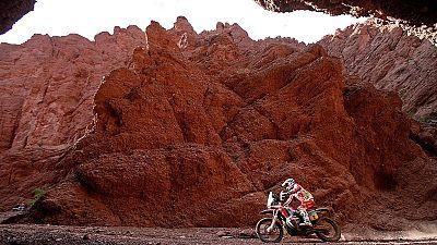 Barreda sumó su quinta victoria en la actual edición del Dakar, mientras que Marc Coma se asienta en el liderato y está más cerca del triunfo final.