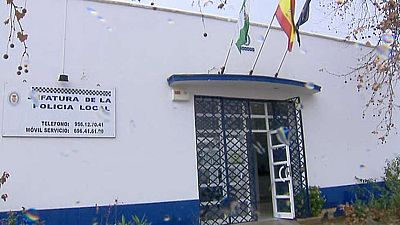 Cuatro detenidos por una agresión grave a un policía local en Cádiz