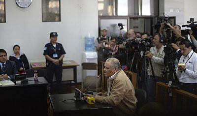 Un tribunal de Guatemala condena a 90 años al exjefe de policía por el incendio en la embajada española