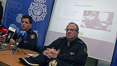 La Policía detiene en Alicante a doce personas por distribuir pornografía infantil en internet