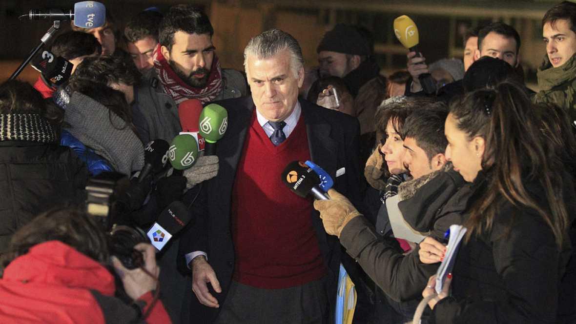Luis Bárcenas sale de la cárcel de Soto del Real