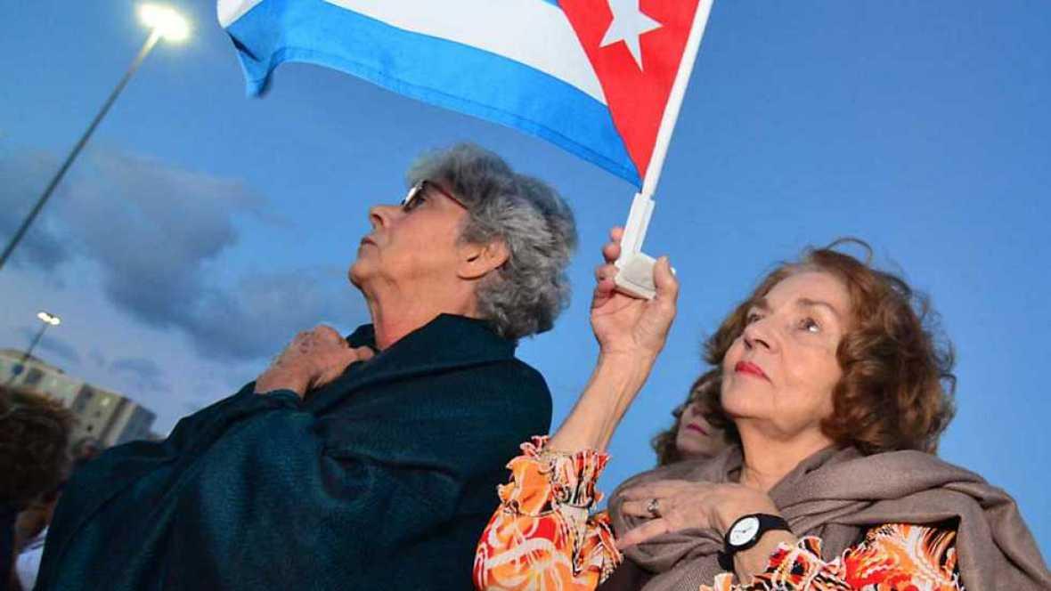 Informe Semanal - Miami: Acento cubano - Ver ahora