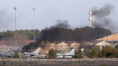 Diez muertos y 19 heridos al estrellarse un F-16 griego en la base aérea de Los Llanos, en Albacete