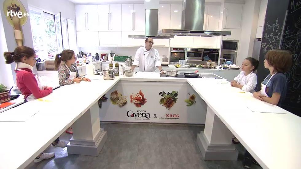Escuela Cocina Masterchef | Masterchef Junior 2 Clase De Cocina Internacional Rtve Es
