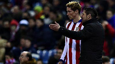 El Vicente Calderón escenificará la eliminación copera de Atlético de Madrid o Barcelona, que vuelven a chocar en la vuelta de cuartos de final de la Copa del Rey con favoritismo azulgrana tras la victoria de la ida (1-0), aunque el equipo rojiblanco
