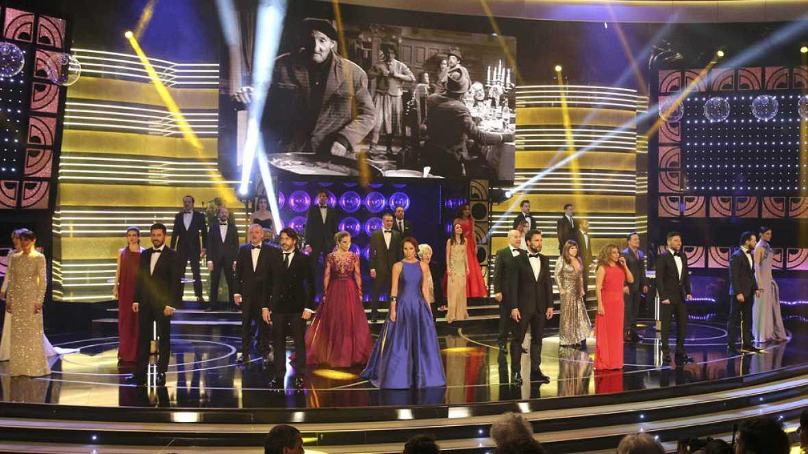 El arranque musical de los Premios Goya 2015 une el pasado y el presente del cine español sobre el escenario