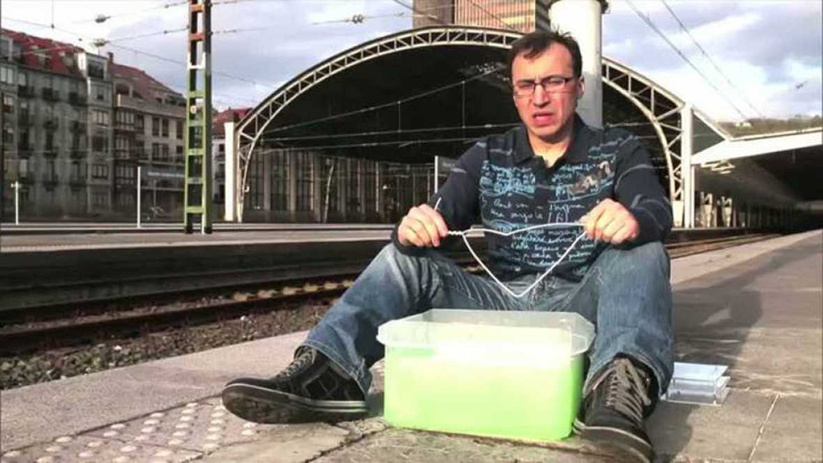 Órbita Laika - Matemáticas con jabón