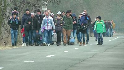 Hungría tomará medidas ante la avalancha de kosovares en sus fronteras