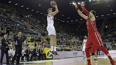 El vigente campeón de la Copa del Rey de Baloncesto, el Real Madrid, disputará las semifinales después de imponerse al CAI Zaragoza por 85-73 en un partido en el que los de Laso han jugado con el freno de mano echado.