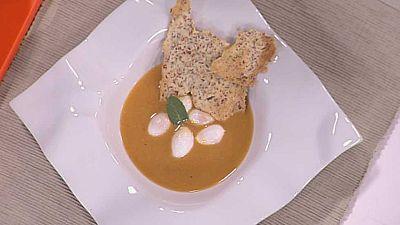 Cocina con Sergio - Crema suave de ajo y chorizo con crujiente ib�rico - ver ahora