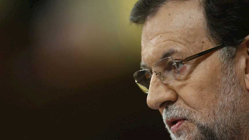Rajoy dice que el PIB crecerá el 2,4% y que se crearán 500.000 nuevos empleos este año