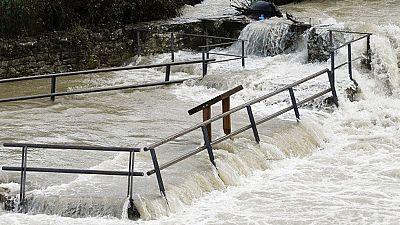 La comarca de Pamplona inundada y nueve pueblos en alerta roja por riesgo de desbordamiento