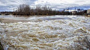 La crecida del río Ebro en Navarra supera Castejón y se aproxima a Tudela