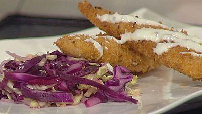 Cocina con Sergio - Solomillos de pollo empanados a la salsa de mostaza - ver ahora