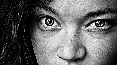 Según un informe de la Cruz Roja la crisis tiene un especial impacto en las mujeres