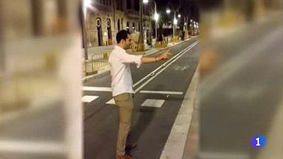 Detenido el joven que pegó una patada a una mujer para grabarlo en vídeo